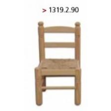 Cadeira criança modelo espanhol com assento de ráfia.
