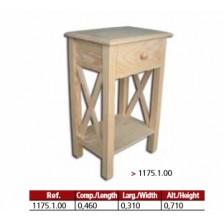 Mesa de cabeceira com cruzes dos lados em pinho maciço.